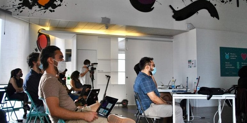 Barcelona Code Academy Opens Technology Careers to Migrant and Refugee Students